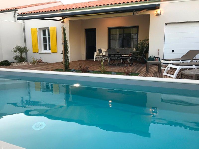 La Maison de Bacchus avec sa piscine privative chauffée, vacation rental in Chenac-Saint-Seurin-d'Uzet