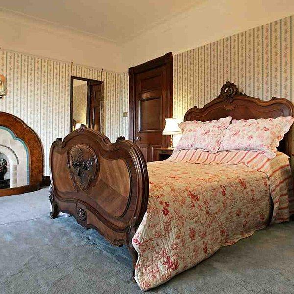 La chambre 2 est l'autre face à l'avant chambre double avec baie vitrée