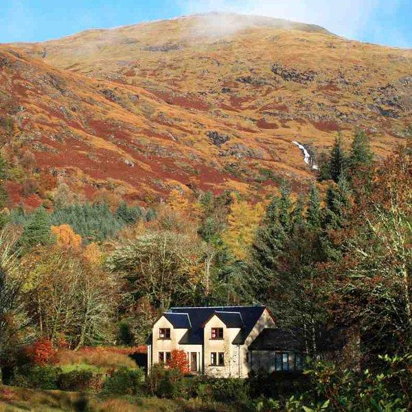 Das Hotel liegt in einer spektakulären Umgebung am Rande der Halbinsel Ardgour