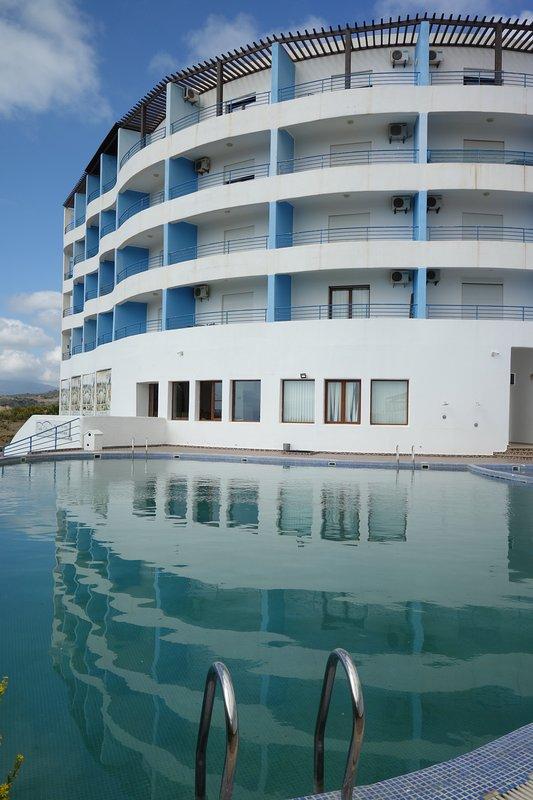 Apart Hotel Cabo Black
