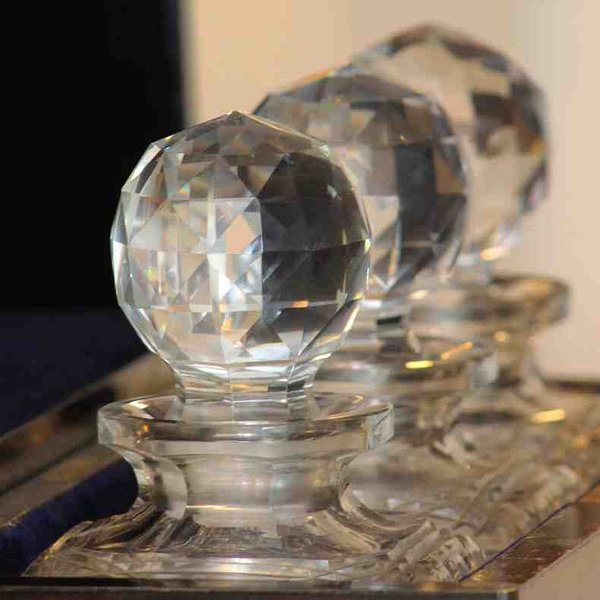 The tantalus decanters