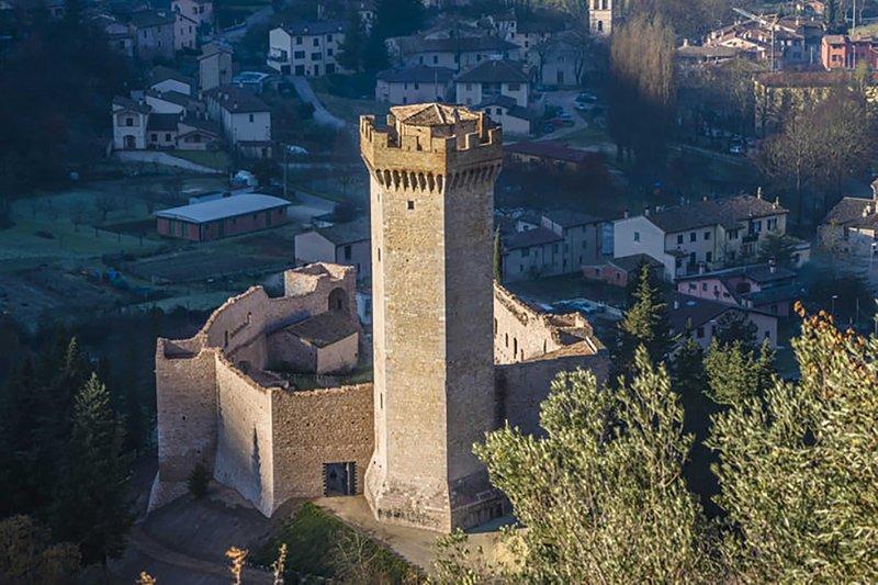 Rocca dei Trinci, location de vacances à Serravalle di Chienti