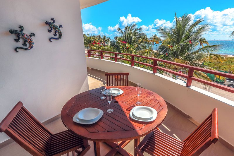 Alfresco dining on your private ocean view patio