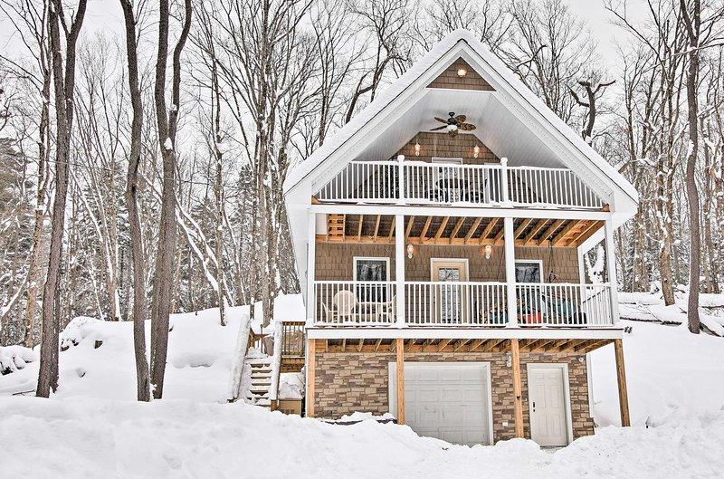 Planificar su próximo retiro montañas Adirondack a este remoto de 3 dormitorios, casa de baño 1,5-alquiler de vacaciones.