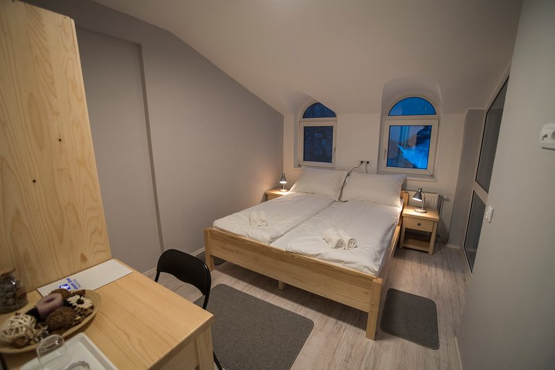 Bloom Inn - Double bed room, vacation rental in Nis