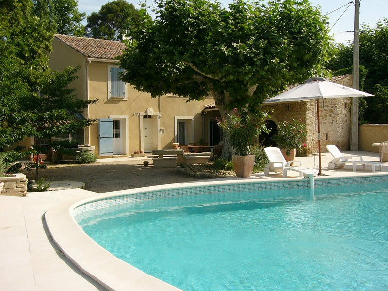 LS4-14 Beautiful typical house in the Ventoux, 10 people., holiday rental in Loriol-du-Comtat