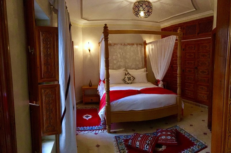 Merzougar room
