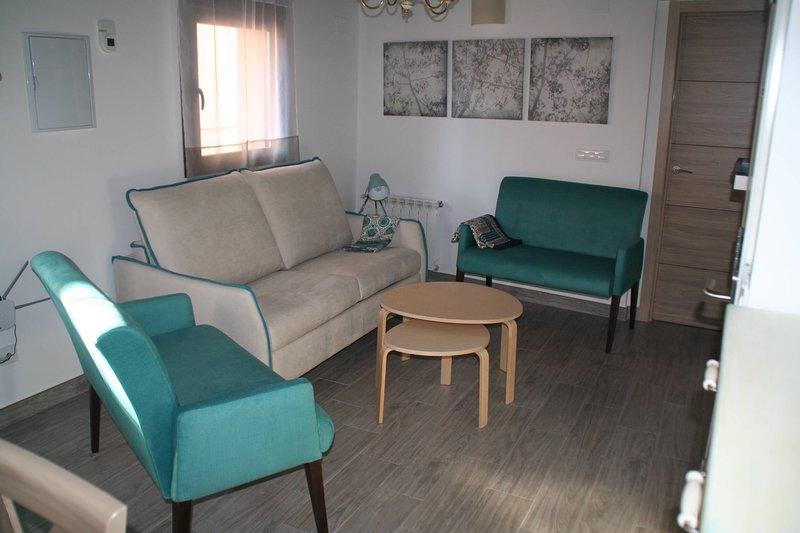 Casa Rural Planeta Vera, CAS, apartamentos para familias y amigos, en Jarandilla, holiday rental in Cuacos de Yuste