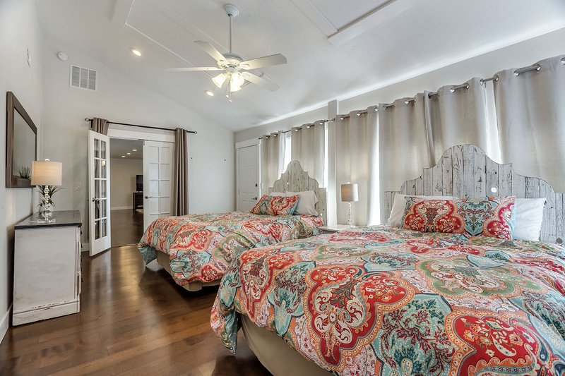 Master Bedroom with 2 Queen Beds (Sleeps 4)