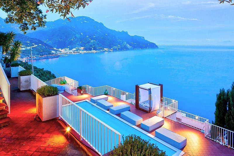 Amalfi Villa Sleeps 9 with Pool and Air Con - 5228427, vacation rental in Castiglione