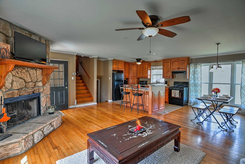 Fishing trips begin at this 4-bed, 2.5-bath Centerville vacation rental house!