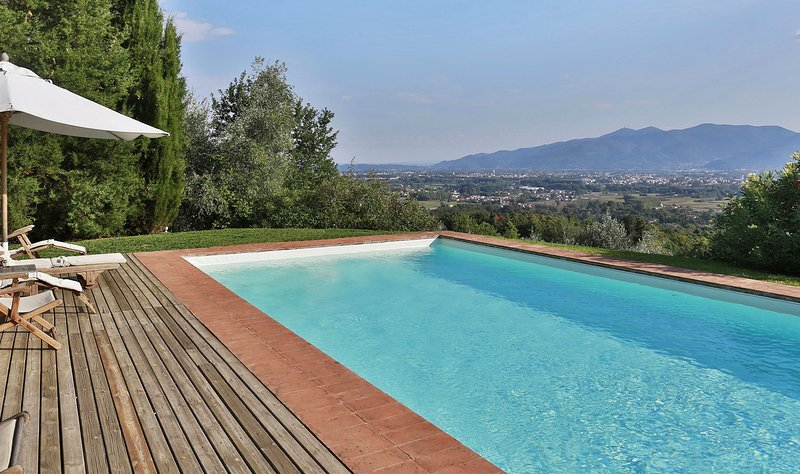 Mutigliano Villa Sleeps 6 with Pool and Air Con - 5696026, holiday rental in Monte San Quirico