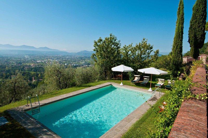 Ciciana Villa Sleeps 8 with Pool - 5696043, alquiler vacacional en Ciciana