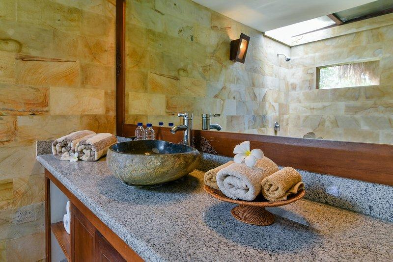 Semi inpandige badkamer paviljoen suite