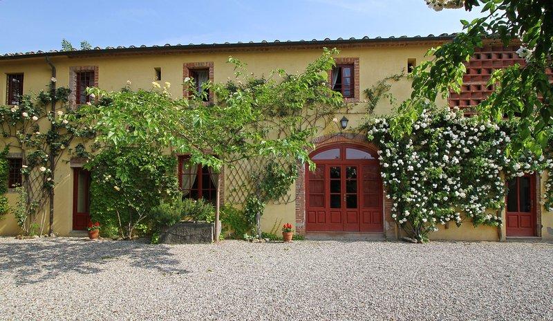 Segromigno in Monte Villa Sleeps 10 with Pool Air Con and WiFi - 5695996 – semesterbostad i Valgiano