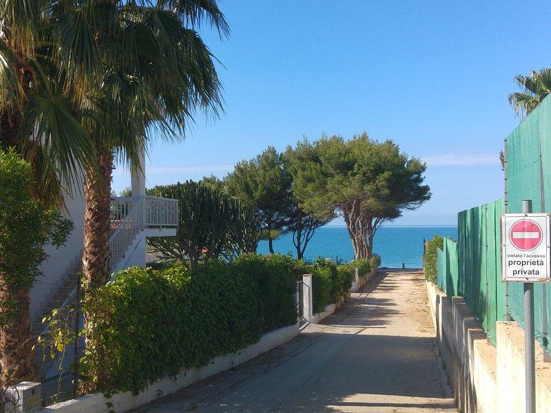 Villa Sara a 70 metri dal mare, alquiler vacacional en San Giorgio