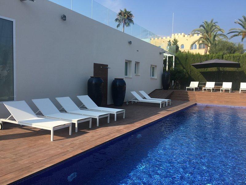Luxueuse Grande Villa   en bord de mer, location de vacances à Villajoyosa