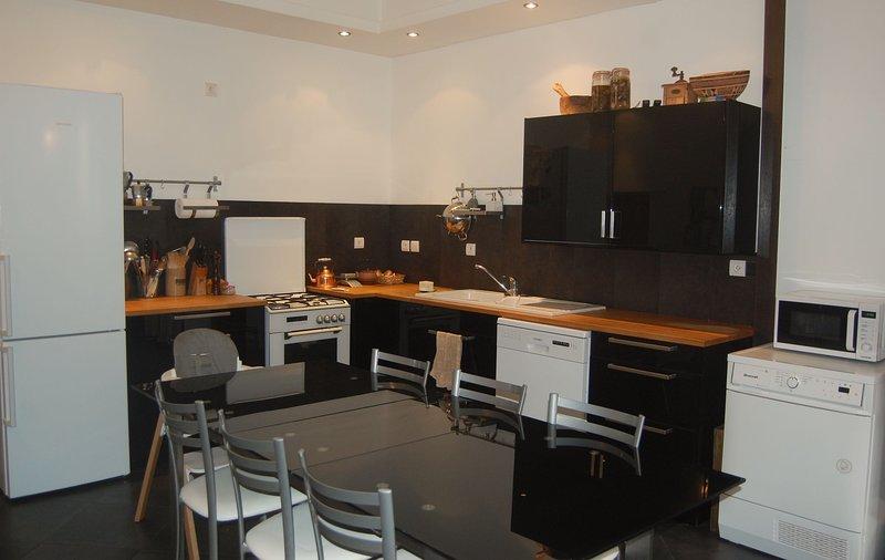 Le Patio, meublé de tourisme / furnished accommodation 4*, alquiler vacacional en Espaly-Saint-Marcel
