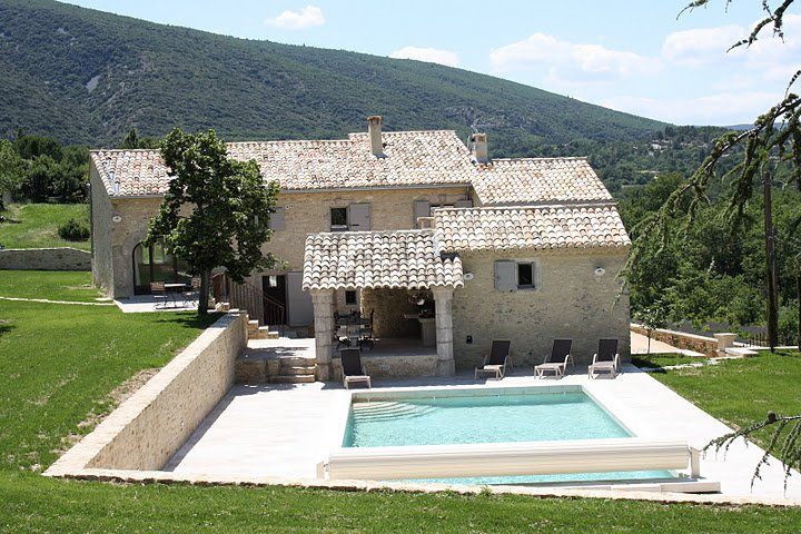 LS2-85 MEZZA VOCE Amazing property in the village of Bonnieux, holiday rental in Bonnieux en Provence