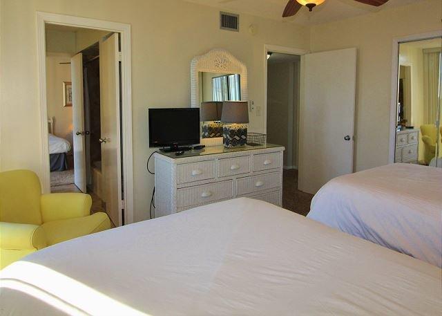 2 ° camera da letto con 2 letti full size