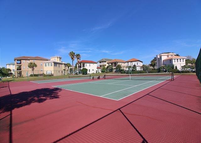 Campi da tennis Enclave