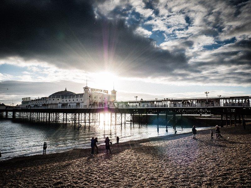 Otra vista de Brighton Pier, que siempre se ve impresionante, llueva o truene