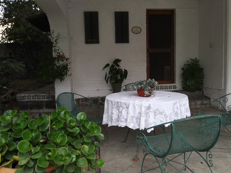 Private terrace / front of the housing