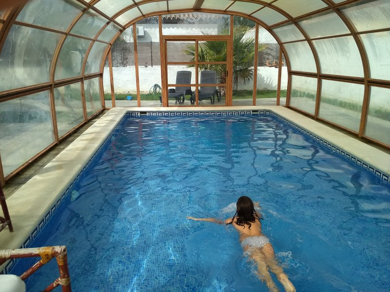 piscina coberta para o inverno e verão ao ar livre