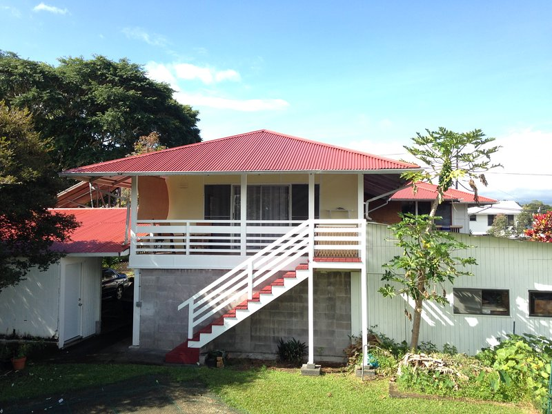 Nice & Big Studio on the Municipal Golf Course, holiday rental in Hilo