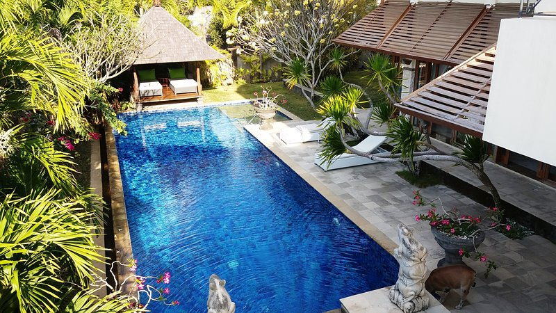 unique spacious 5 bedrooms villa in south Bali, holiday rental in South Kuta