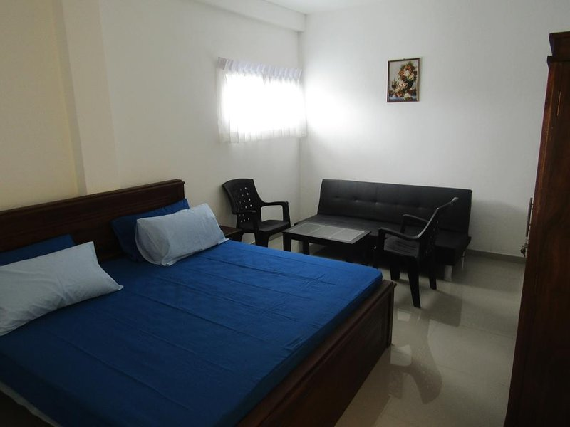 Queens Park Apartments -3 BR (1), vacation rental in Kotte