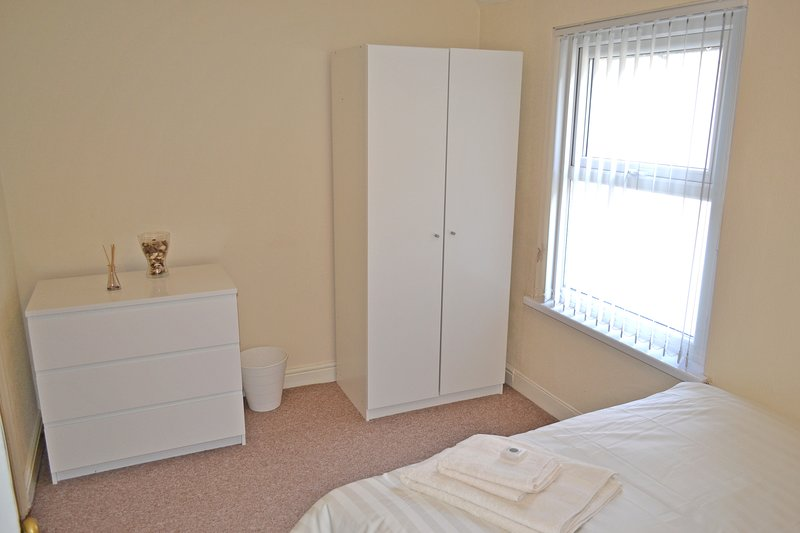 Bedroom 2 (View 2).