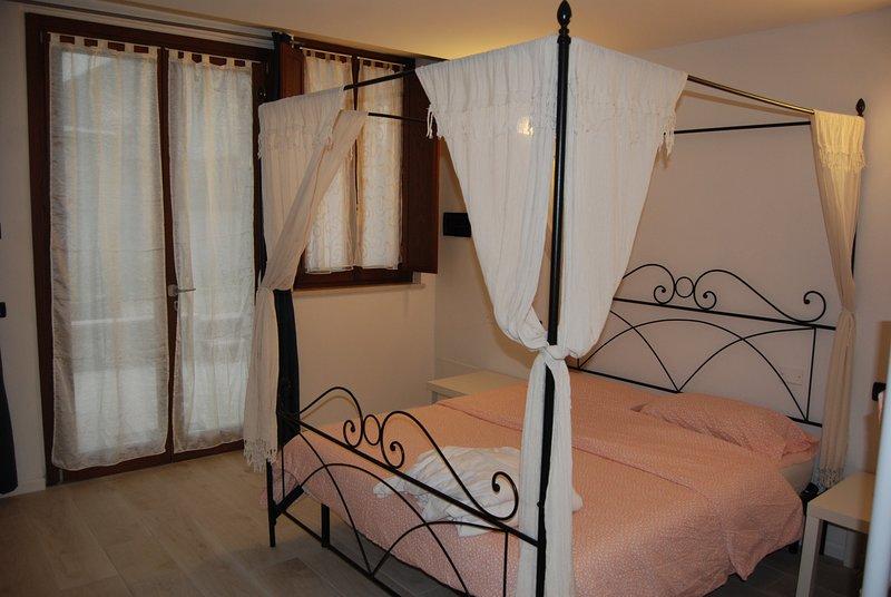 Appartamento Romantica Desenzano, vakantiewoning in Castiglione Delle Stiviere