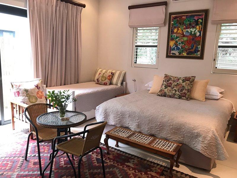 22 Die Laan Guest House Studio, casa vacanza a Stellenbosch
