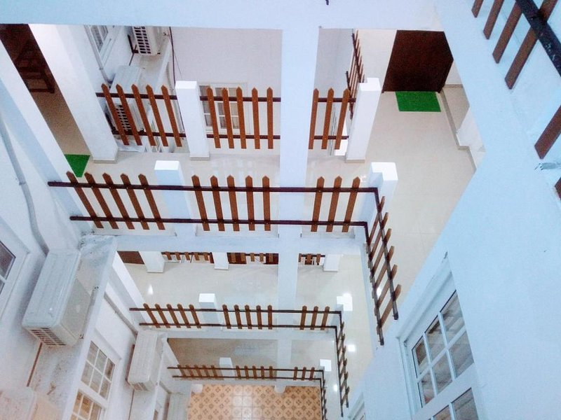 Queens Park Apartments -3 BR (2), holiday rental in Battaramulla