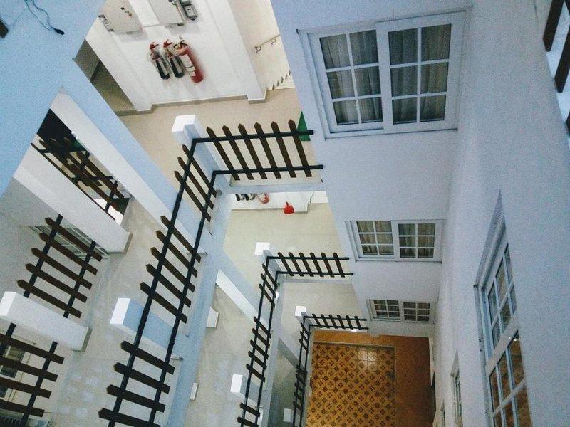 Queens Park Apartments -Studio 2B, vacation rental in Nugegoda