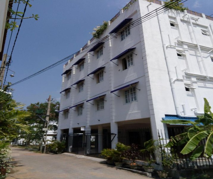 Queens Park Apartments - (2D), vacation rental in Kotte