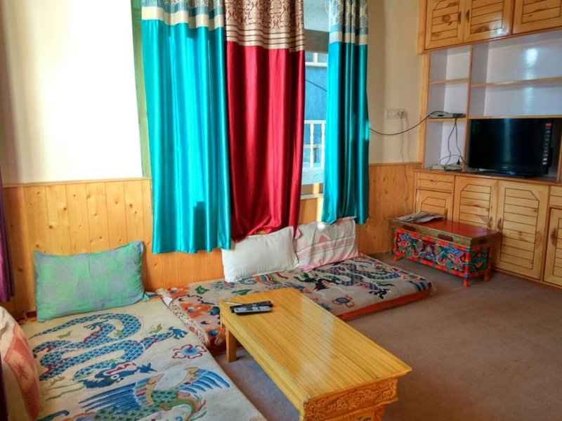 Achina Guest Houses Leh (BedRoom 2), holiday rental in Ladakh