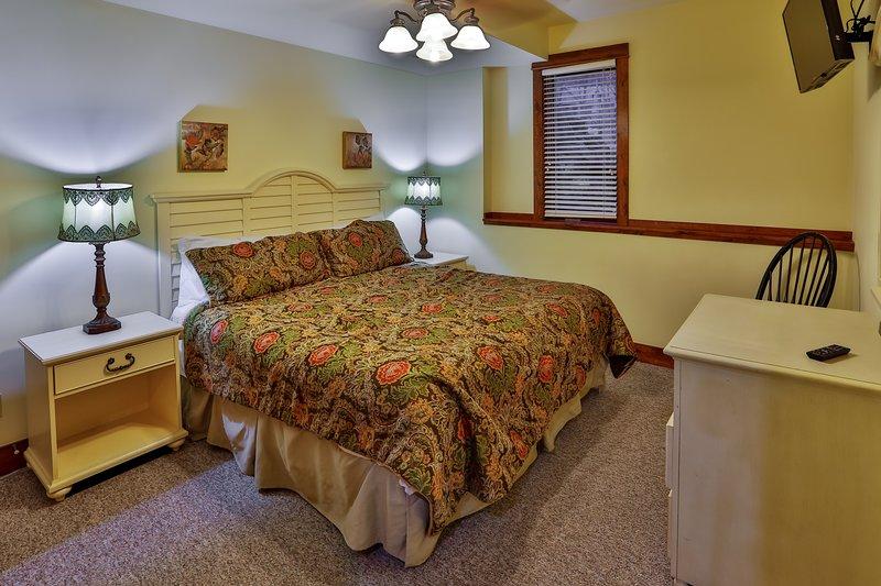 luxury 6 bedroom golf course home all ensuite baths outdoor rh tripadvisor com