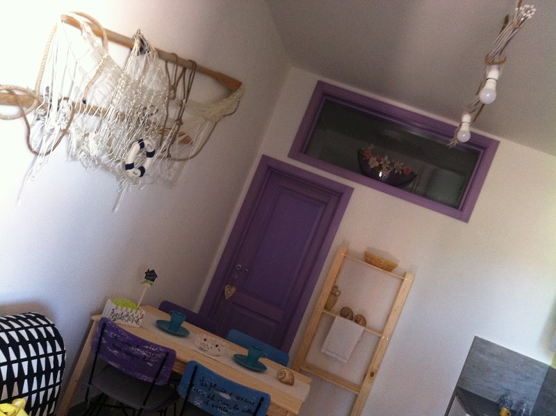 Casa di nonna Benedetta appartamento ' Sole', vacation rental in Zapponeta