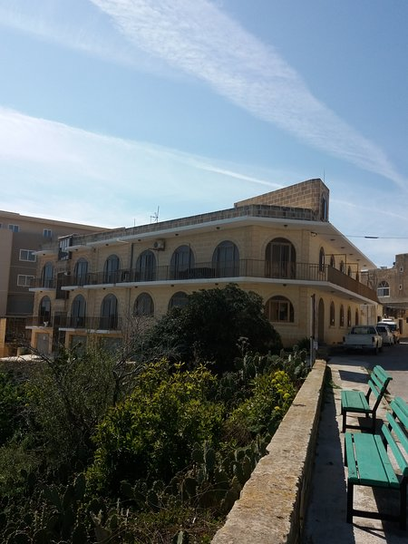 Gozo channel view 2 bedroom Apartment, holiday rental in Ghajnsielem