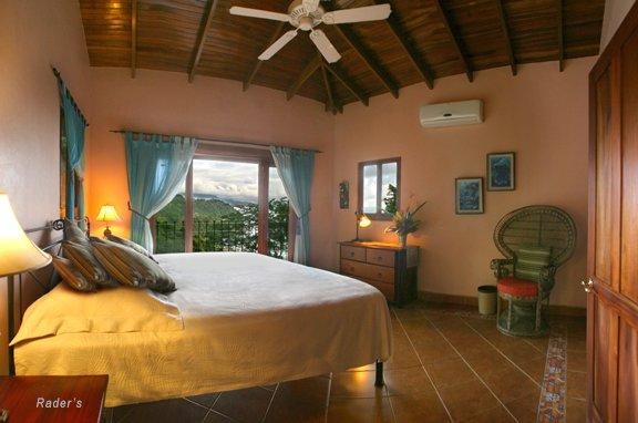 Villa Las Rocas Arriba, aluguéis de temporada em Guapil