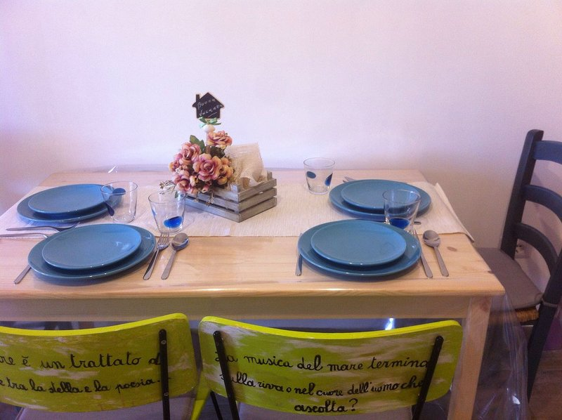Casa di nonna Benedetta appartamento ' Luna', vacation rental in Zapponeta