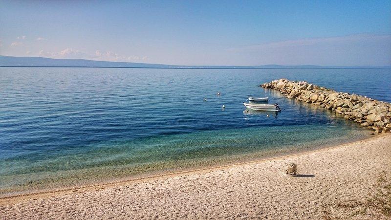 Spiaggia di Podstrana nelle vicinanze