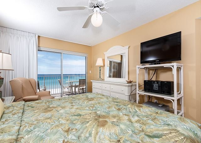 SL 303 GULF FRONT MASTER BEDROOM--WHAT A TREAT!