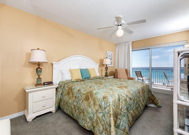 True gulf front beach living!