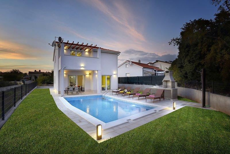 Villa Rosemary, holiday rental in Pavicini