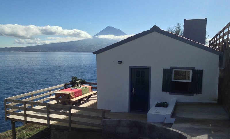 Casa Monte Guia 1084/AL located in the Natural Park of Faial Island, Azores, casa vacanza a Praia do Norte