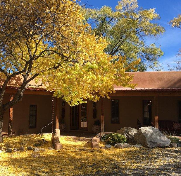 Los Portales no outono, quando as folhas deixar um tapete de ouro.