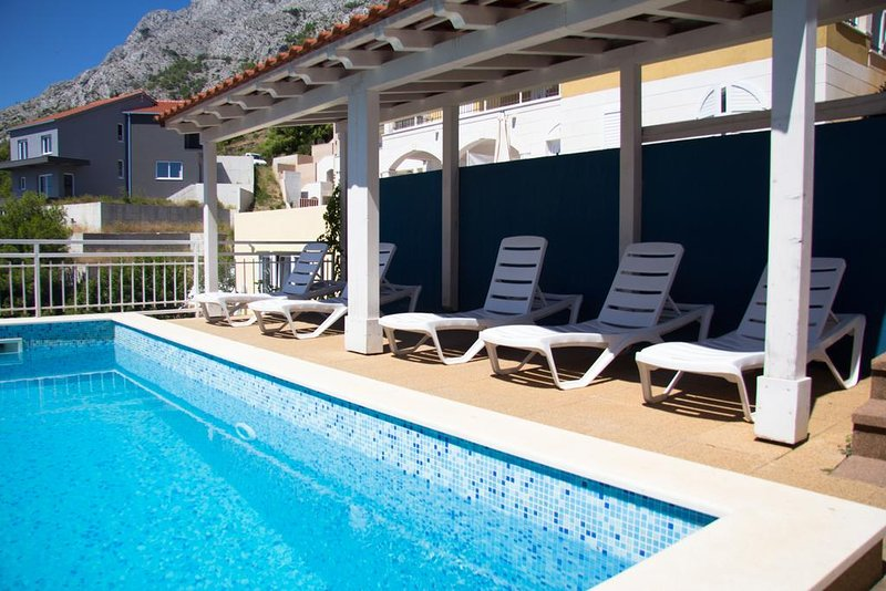 Apartment Dodo- Beautiful Apartment w/Sea View and Garden, holiday rental in Mimice